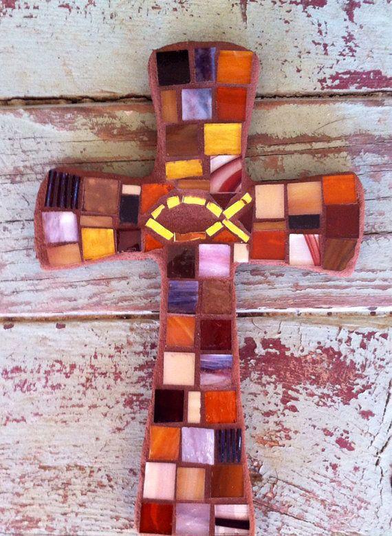 Braun Mosaik-Kreuz mit Gold Icthus Fisch-small von DeniseMosaics