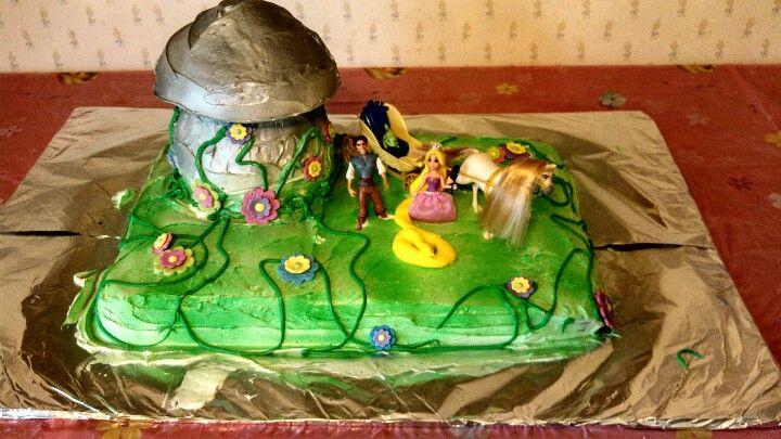 Tangled Cupcake Cake