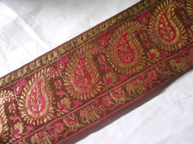 Vintage Ribbon Border Trims Banarasi Brocade Zari Sari