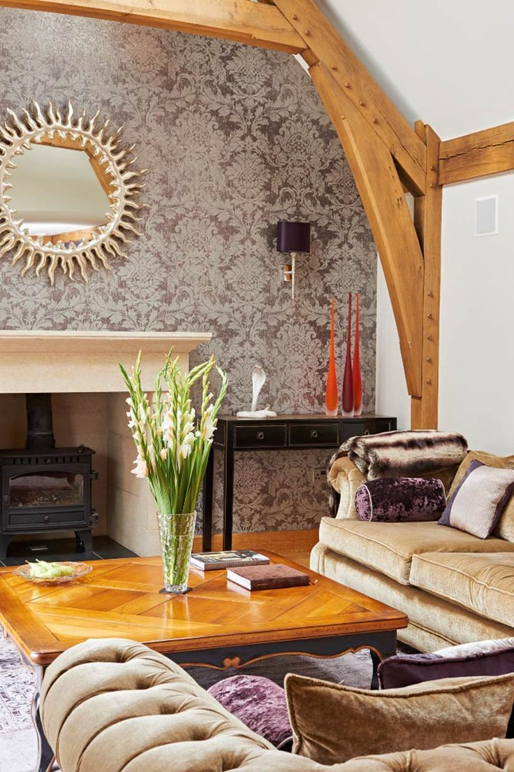 Oak frame lounge from Welsh Oak Frame. The  oak frame with its vaulted ceiling really adds character to the room.