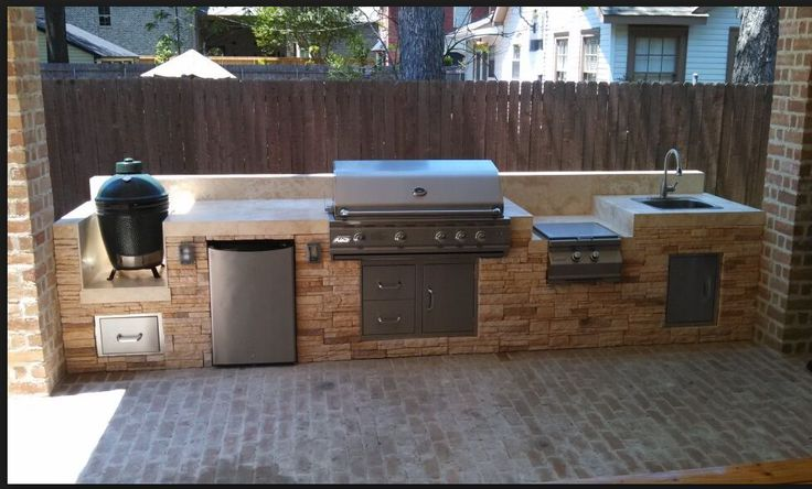 Covered patio integrated barbacue