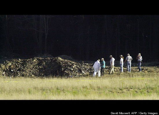Unforgettable 9/11 Images Unforgettable 9/11 Images  Officials examine the crater Sept. 11, 2001 at the crash site of United Airlines Flight 93 in Shanksville, Pennsylvania.