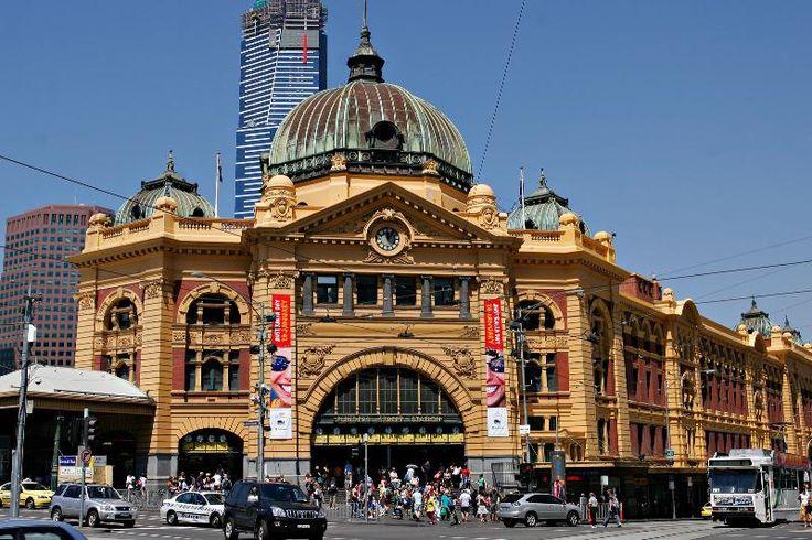 Melbourne, flinders st station