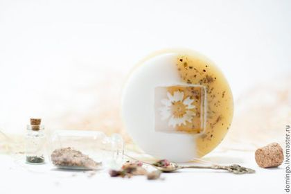 Мыло ручной работы. Ярмарка Мастеров - ручная работа. Купить Мыло Желтый Грейпфрут в цветках Сливы. Handmade. Желтый, грейпфрут