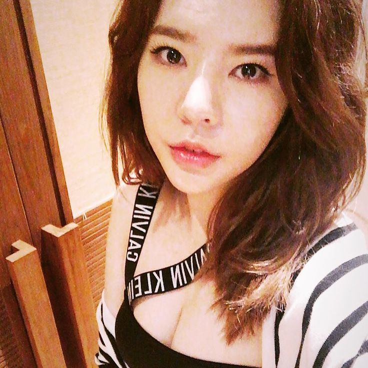 SNSD Sunny greets fans with her pretty selfie ~ Wonderful Generation