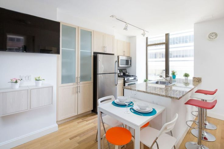Check out this awesome listing on Airbnb: Beautiful Single Private Room, Financial District! - Apartments for Rent in New York
