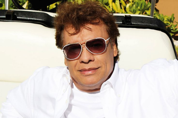 Juan Gabriel Dead: Cause Of Death, Details Leading To His Passing While On Tour