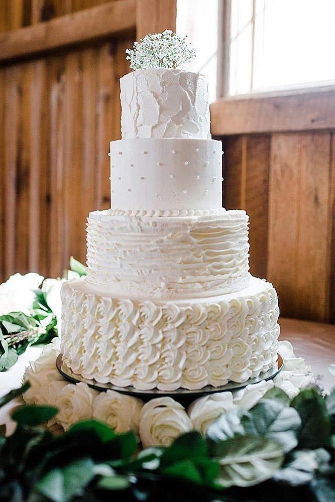 buttercreme hochzeitstorten weiß jeder ebene mit einer anderen creme textur erin …   – Wedding Inspiration