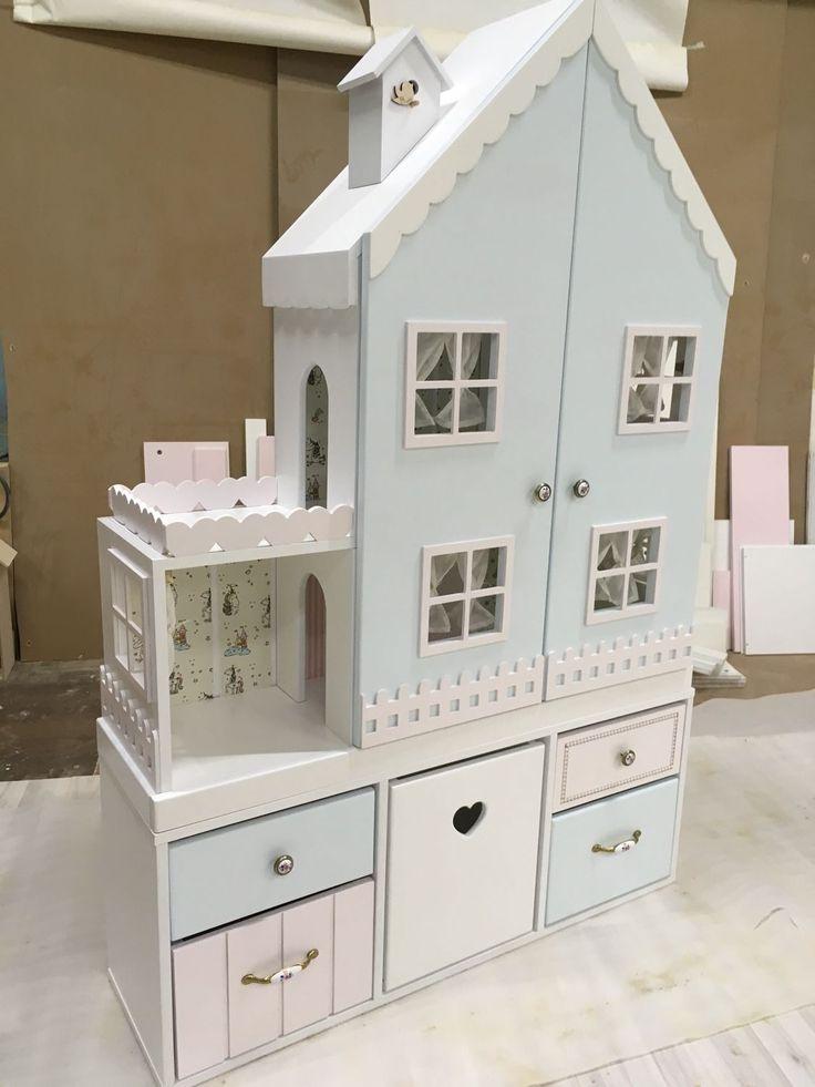 Casa de muñecas hecha a mano. Casa de muñecas …
