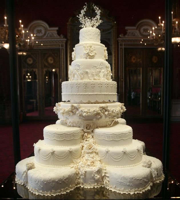 The Most Expensive Wedding Cakes In World 250 000 But Is It Dish Ever Yahoo Lifestyle Uk Fashion Pinterest