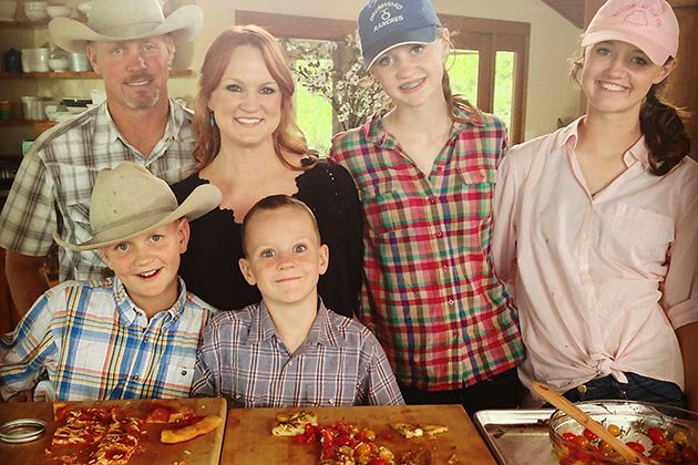 27 curated ree drummond ideas by mgchristner dads for Pioneer woman ree drummond husband