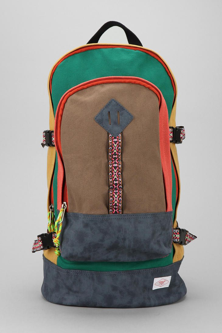 Spurling Lakes Hiking Backpack  #UrbanOutfitters! My FAV backpack ever !