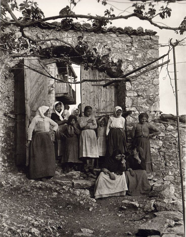 This is my Greece | Karytaina in Arkadia by Fred Boissonnas (1903-1930)