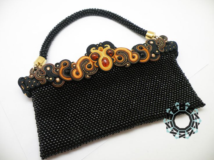 Beaded/soutache bag by Alina Tyro-Niezgoda tenderdecember.eu