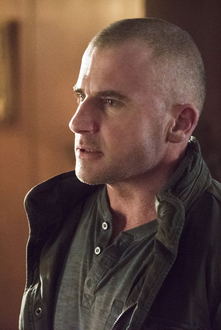 Legends of Tomorrow - 1x12 Dominic Purcell (Mick Rory / Heat Wave) HQ