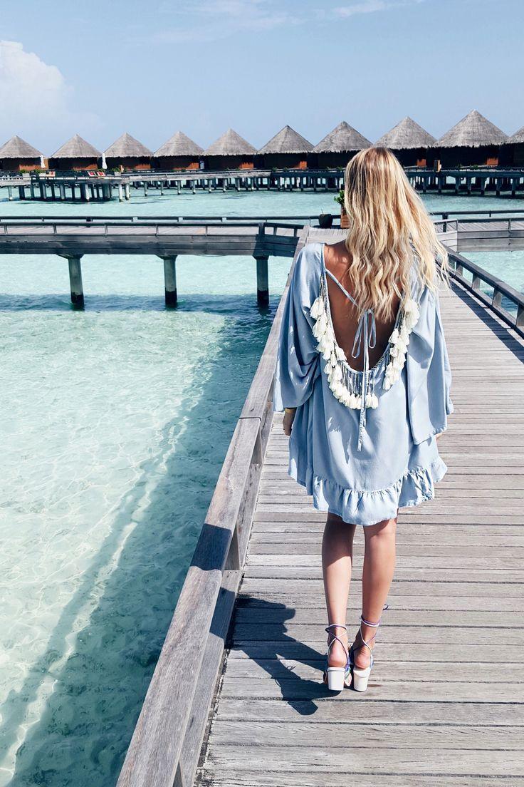Chloé sandals & tassle dress, Maldives: http://www.ohhcouture.com/2016/06/rainbow-maldives/ #ohhcouture #LeonieHanne