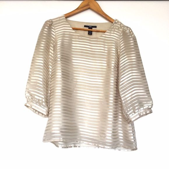 H&M striped Blouse In excellent condition. Pullover style. Button detail at…
