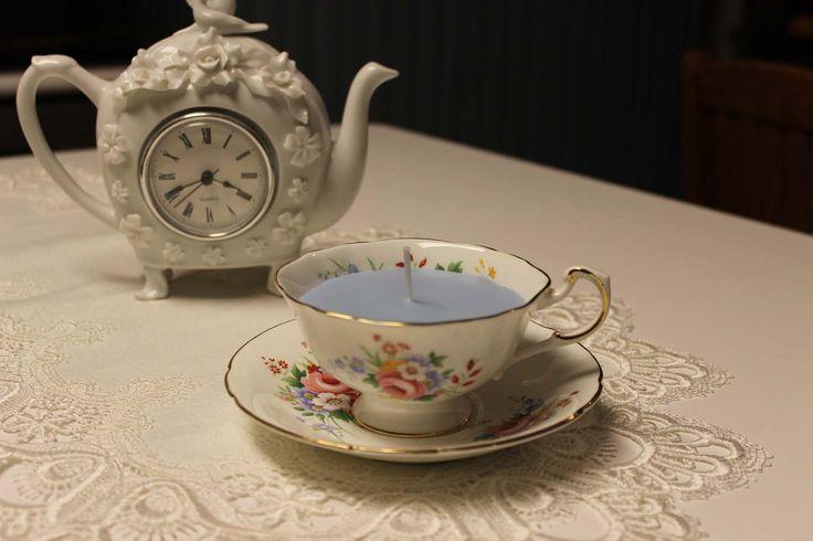 Teacup 0188 Secret Garden Scent  Lavender, Rose & Vanilla essential oils | Beautiful Daisy Designs.