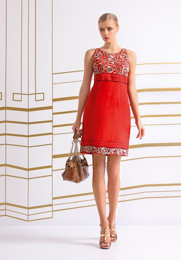 http://www.nizaonline.com/es/primavera-verano-2013/mujer/vestidos/#{%22product%22:%22313%22} http://www.nizaonline.com/es/primavera-verano-2013/mujer/vestidos/#{%22product%22:%22313%22}