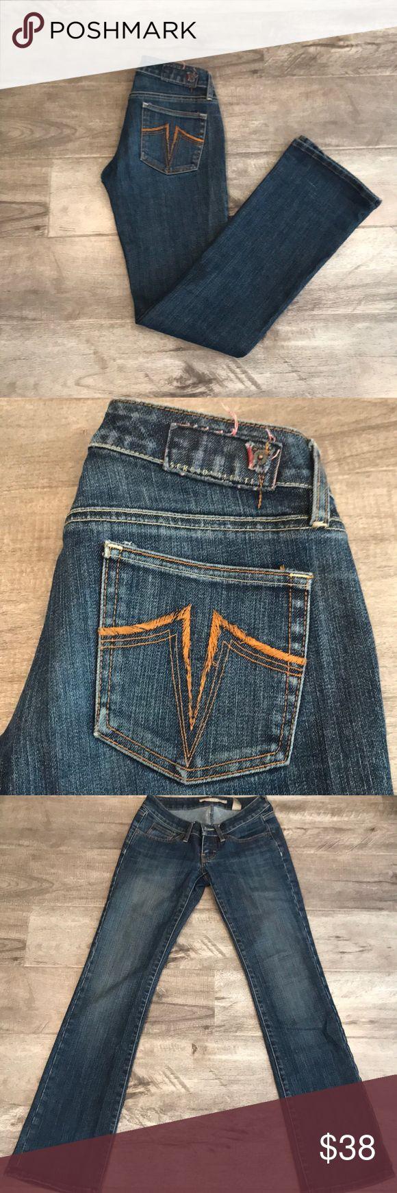 Sergio Valente boot cut jeans size 25 Low waist, boot cut, very good condition Sergio valente Jeans in size 25. Nice medium hue blue color. Sergio Valente Jeans Boot Cut