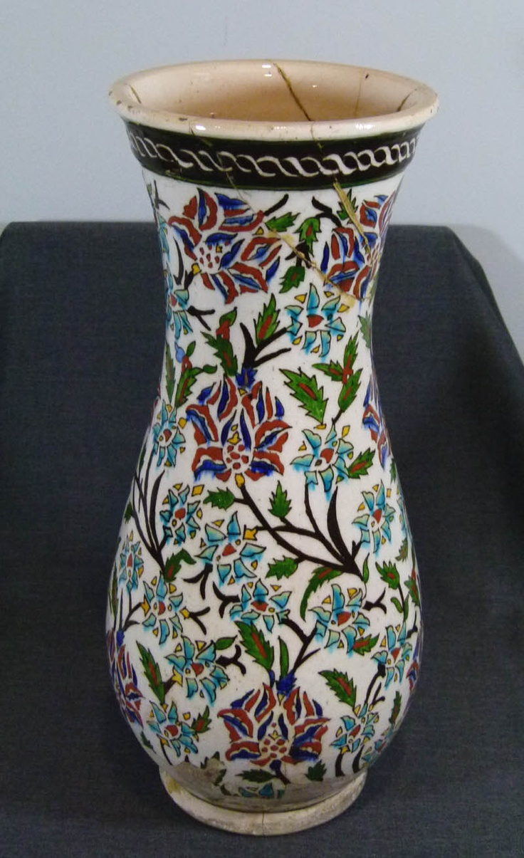 18c.ISLAMIC OTTOMAN TURKEY  KUTAHYA CERAMIC POTTERY 17'' VASE CHRYSANTHEMUM