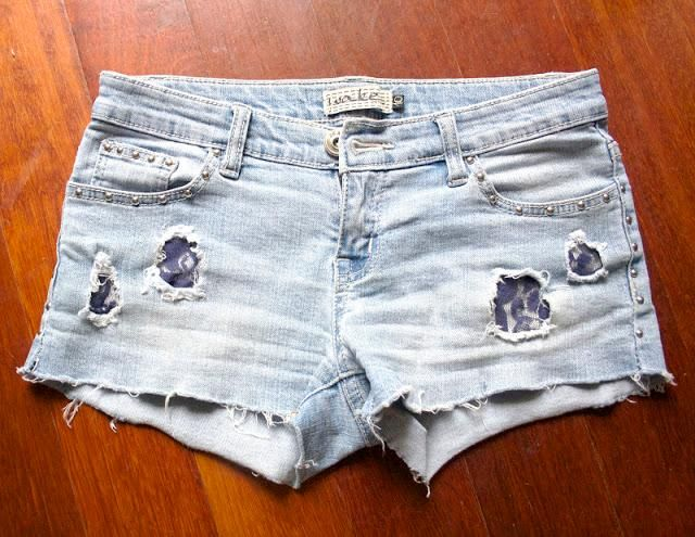 DIY Jeans : DIY add lace to shorts