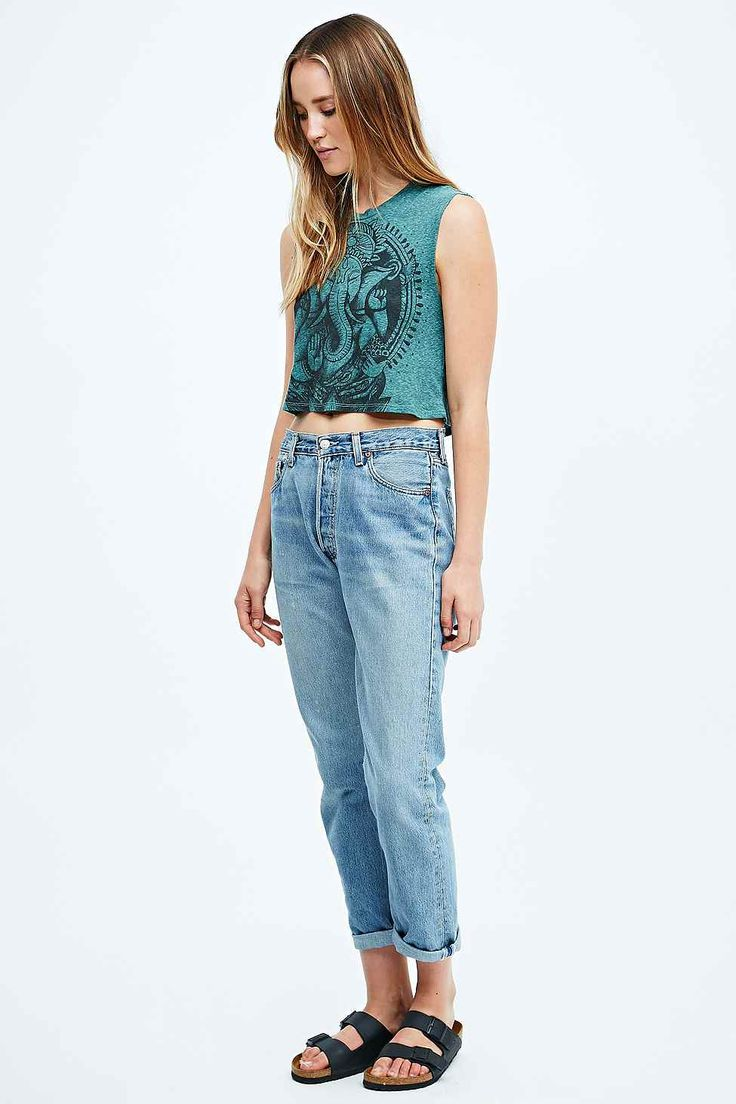 Title Unknown Ganesh Crop Tee in Green. Urban outfitters