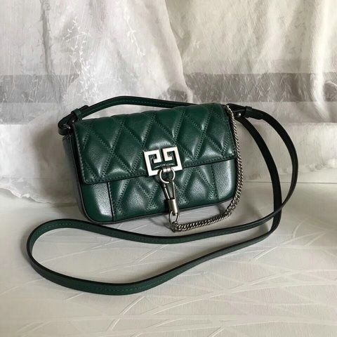 9639e2d81b6 2018 Givenchy Mini Pocket Bag in green diamond quilted leather ...