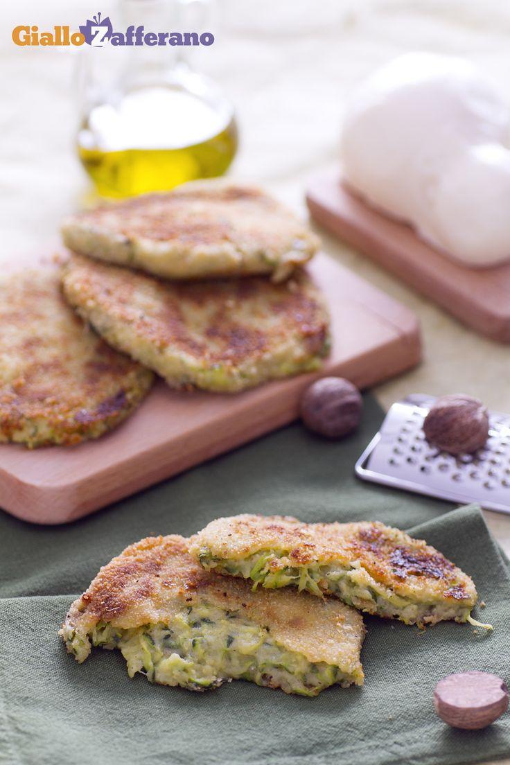 Se amate la COTOLETTA provate anche la versione alle ZUCCHINE E SCAMORZA (zucchini cheese patties). #ricetta #GialloZafferano #italianfood #italianrecipe
