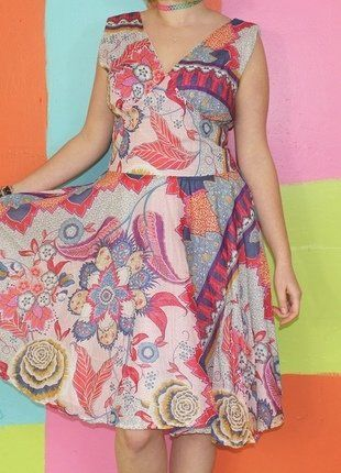 À vendre sur #vintedfrance ! http://www.vinted.fr/mode-femmes/robes-dete/29646119-robe-patineuse-fleur-cachemire-multicolore-t42-volocharter-printempsete-chicromantiqueoriginal