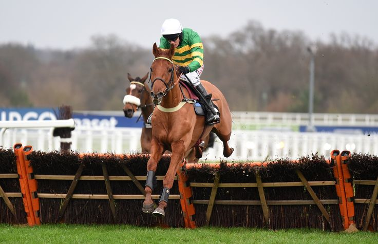 Yanworth,trained by Alan King,& ridden by Barry Geraghty...winner of the 2016 Christmas Hurdle