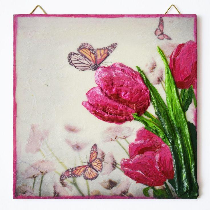 Tulips (Tulipánok) - 16 x 16 cm, 2017, https://www.vivienholl.com/termek/tulipanok/ #paverpol  #napkin #szalvéta #flowers #flower #virágok #virág #butterfly #butterflies #pillangó #pillangók #pentart #vivienholl