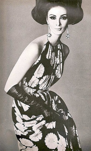 Wilhelmina as seen in Vogue US, April 1962  repinned by le  www.lecastingparisien.com