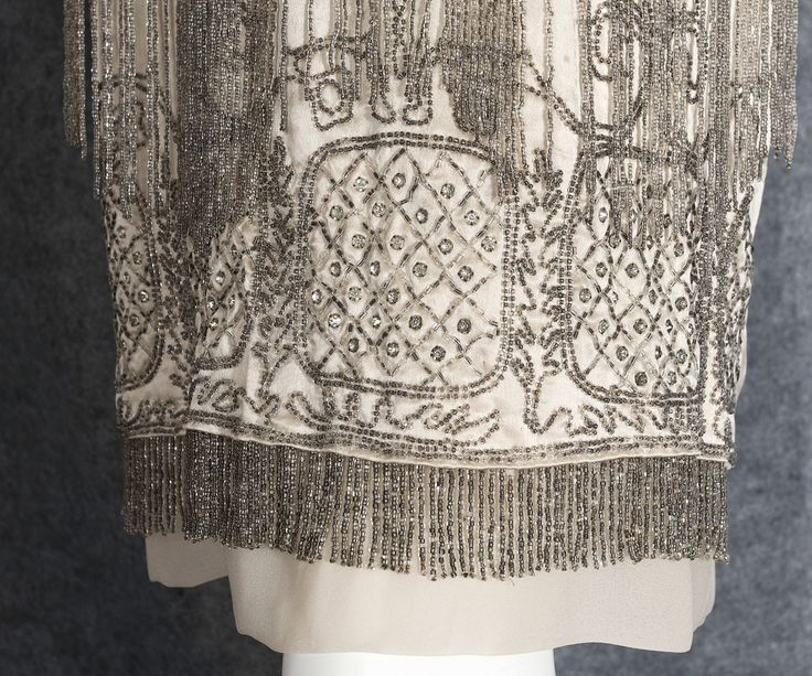 1920s Clothing at Vintage Textile: #0668 Beaded flapper dress
