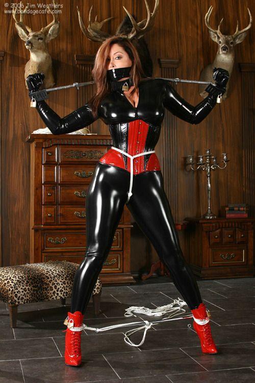 leather bondage videos o