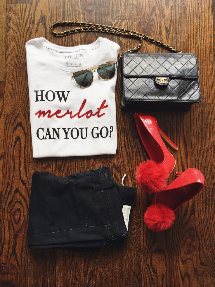 Graphic tee, graphic shirts, graphic tshirts, womans graphic tees, red shoes, pom pom shoes, chanel bag, chanel purse, merlot, cute outfit ideas, cute graphic tees, how to style your graphic tee, how to style your chanel bag, how to style your red shoes, girls night out outfits