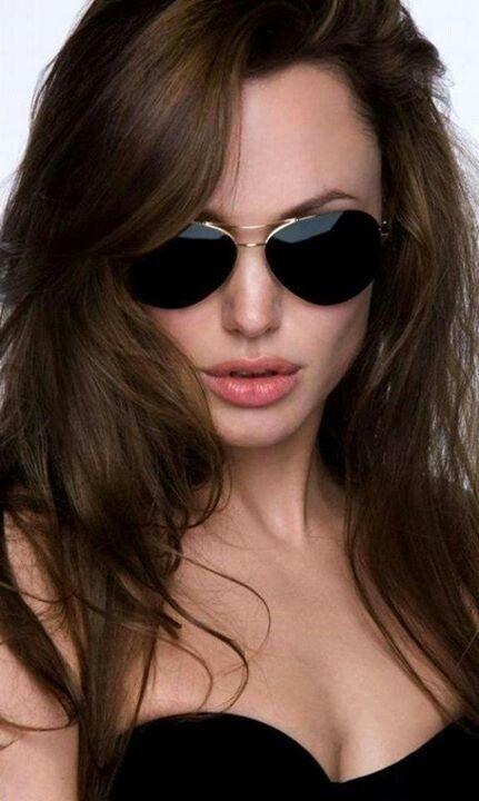Angelina Jolie-love the aviators!