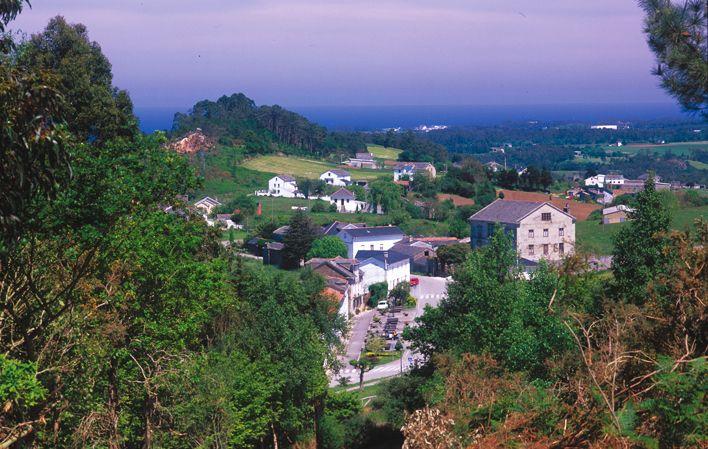 Vista de La Roda, en el municipio de Tapia de Casariego