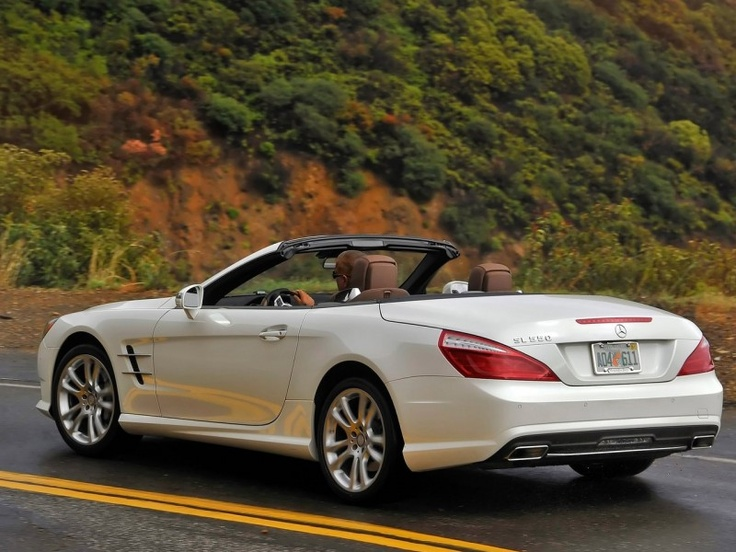 2013 mercedes benz sl550 pictures price performance and specification chief of mercedes benz. Black Bedroom Furniture Sets. Home Design Ideas