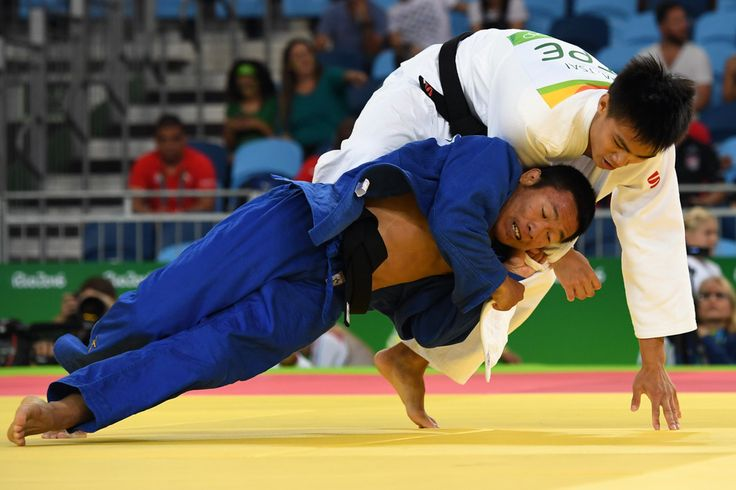 DAY 1:  Men's Judo - Tsai Ming-Yen of Taiwan vs Soukphaxay Sithisane of Laos