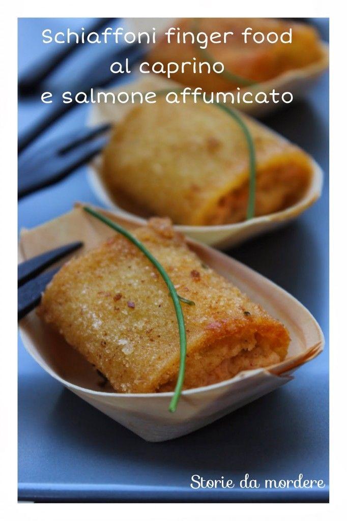 Schiaffoni o paccheri finger food al caprino e salmone affumicato | Storie da mordere