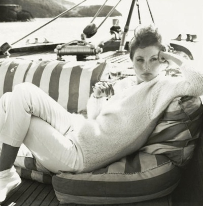 Richard Avedon - Suzy Parker, Antigua, West Indies, 1962
