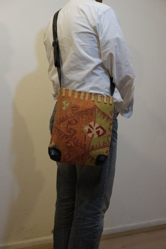 Unisex Shoulder Bag100%wool & leatherHANDWOVEN Vintage by kilimci