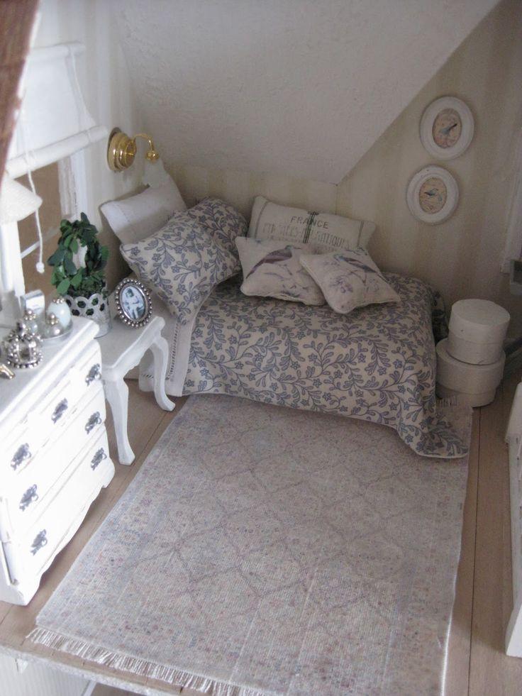 from miniamania Shabby Chic Dollhouse Bedroom