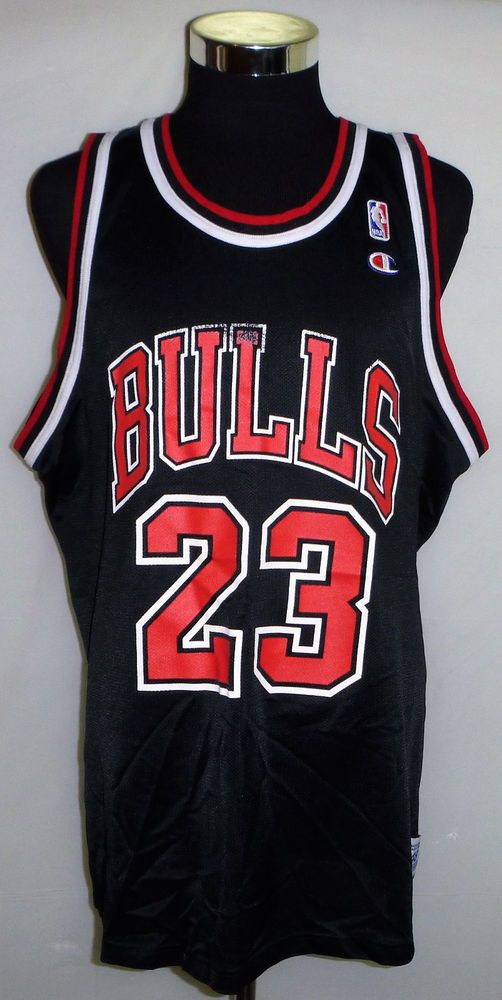 huge discount fd9fc 9217b Michael Jordan Chicago Bulls Vintage Champion NBA Basketball ...