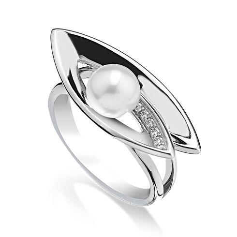 #Bijuterii cu perle Inel cu perla si diamante B812