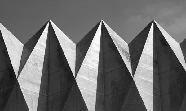 The roof of the King United Church of Christ by Walter Manskein, St. Louis, Missouri-USA, 1960