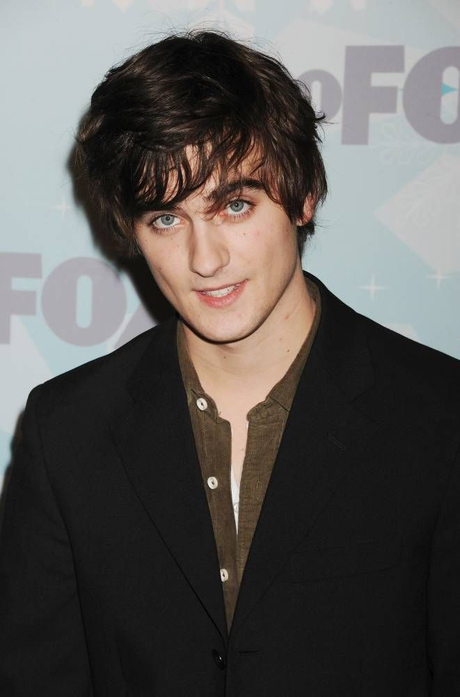 50 Photos of Landon Liboiron