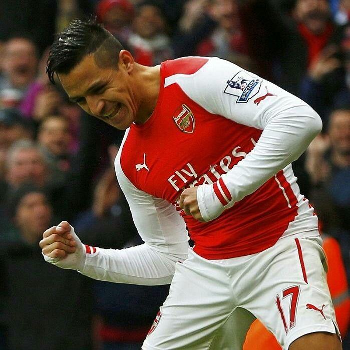 Alexis scores twice for Arsenal #FACupSemiFinal