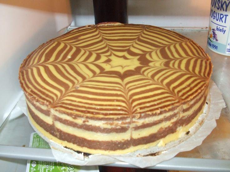 Super vypadající tvarohový dort bez cukru a mouky. Na vrch poklademe různé…